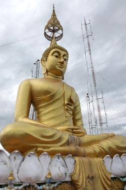 Wat Tham Suea czyli Świątynia Jaskini Tygrysa | Charter.pl foto: Piotr Kowalski