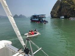 "Rejs morski w Tajlandii - charter.pl foto: załoga s/y ""White Lotus"""