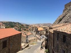 Sperlinga – miejscowość i gmina we Włoszech, w regionie Sycylia, w prowincji Enna. Brzmi słabo, ale jak wygląda :) | Charter.pl foto: Piotr Kowalski