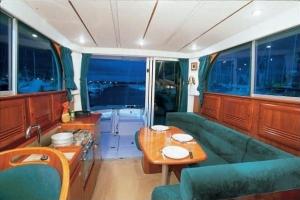 Beneteau Antares 10,80 | Charter.pl foto: www.beneteau.com