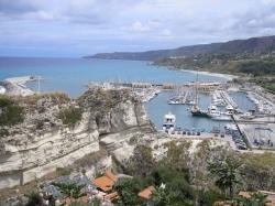 Marina Tropea foto: Porto di Tropea