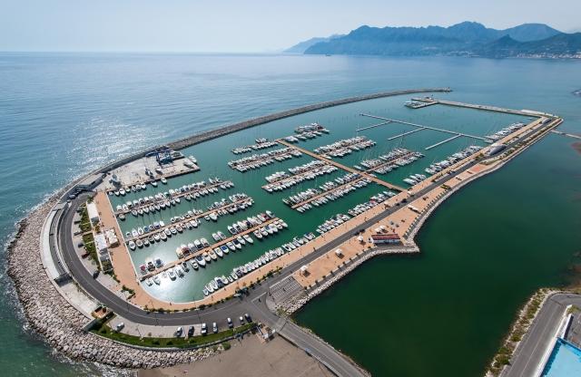 Salerno - Marina d'Arechi (Kampania)