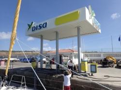 Stacja benzynowa w marinie Pasito Blanco  foto: Kasia Koj
