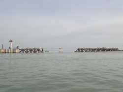 Wejście do portu Dunkierka foto: Kasia Kowalska