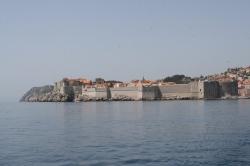 Dubrownik Stare-Miasto widziane od strony wody foto:  Kasia