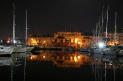 Nocą Malta prezentuje się cudownie foto: Piotr Kowalski