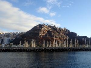 Marina San Sebastian jest umiejscowiona w głębi portu handlowo-promowego   Charter.pl foto: Kasia Kowalska