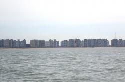 Ostenda od widziana z pokładu naszego jachtu - charter.pl foto: Kasia Koj