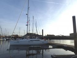 Nasz jacht na keji gościnnej w Jachtklub Oostende - charter.pl foto: Kasia Koj