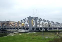 Śluza z mostem obrotowym w Ostendzie - charter.pl foto: Kasia Koj