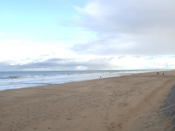 Piękne piaszczyste plaże z których słynie Ostenda - Charter.pl foto: Kasia Koj
