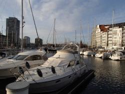 Ostenda w promieniach zachodzącego słońca - Charter.pl foto: Kasia Koj