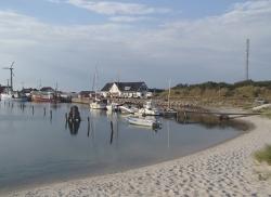 Jak to na Bałtyku mamy tutaj piękne piaszczyste plaże - Charter.pl foto: Katarzyna Kowalska