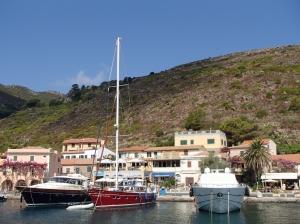 Marina di Capraia Isola  foto: Kasia Koj