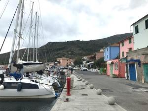 Marina di Capraia Isola | Charter.pl foto: Marcin Krukierek