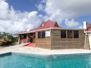 Po trudach odprawy możemy wykąpać się marinowym basenie foto: Kasia Koj