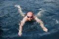 Pierwszy odważny w wodzie  foto: Jola Szczepańska