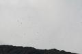 Etna się denerwuje i wyrzuca kamienie  foto: Peter