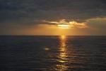 Zachód słońca za Korczulą foto: Jola Szczepańska