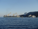 """Prace przy wydobyciu promu """"Costia Concordia"""" foto: Kasia"""