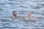 panowie kapitanowie odpoczywają po długim przelocie na Barbados foto: Krzysztof Chmura