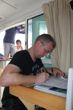 kapitan zabiera się za wypisywanie opinii foto: Krzysztof Chmura