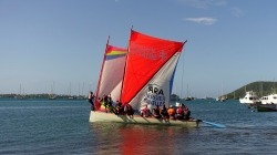 "Niedziela, czyli czas na trening przed regatami ""Le tour de Marinique des Yoles Rondes"" foto: Ela"
