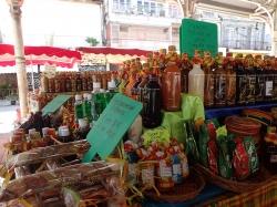 Gwadelupa to również wielki targ kolorów i zapachów,foto: Kasia