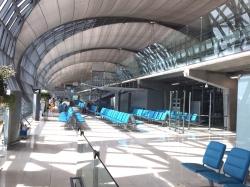 Lotnisko Katar - niesamowite, ale jakie puste | Charter.pl foto: Kasia Koj