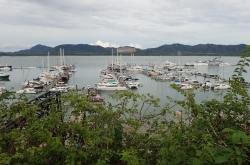Dotarliśmy, marina Phuket wita | Charter.pl foto: Kasia Koj