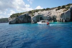 Obiadek zjedzony, zatoka zdobyta, płyniemy dalej. Morze Jońskie wzywa | Charter.pl foto: załoga s/y George