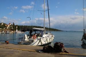 Rejs po wodach greckich | Charter.pl foto: Roman Bielicki